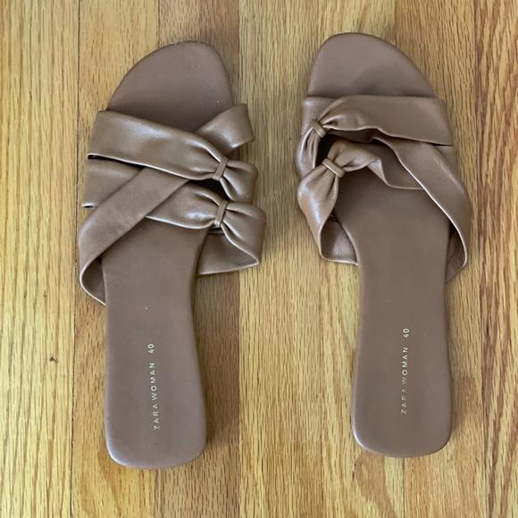 Zara Woman Leather Sandals - Size 40